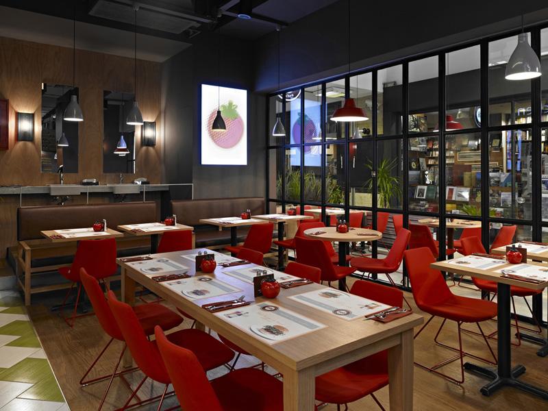 Şık ve Modern Restaurant Dekorasyonu Önerileri